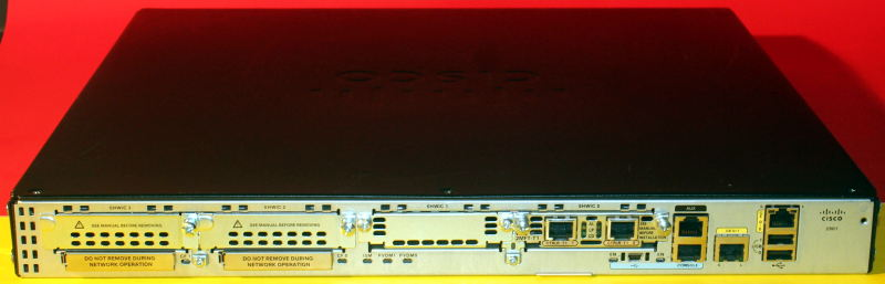 Cisco CISCO2901-VSEC//K9 Integrated Services Router ALL 4 LICENSES w// PVDM3-16 ■■